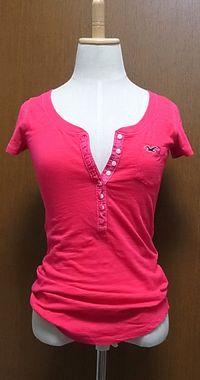 ピンクヘンリーネックTシャツ
