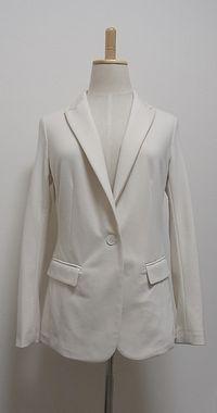 X ユニクロ×ドマーニのスエット素材ジャケット。イベントの人みたいになってしまう・・・カッコ良く着こなせず処分