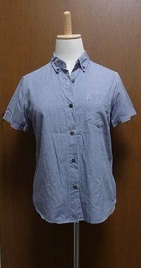 X 細かいギンガムチェックのボタンダウン半袖シャツ 半袖シャツを着こなすって難しい。