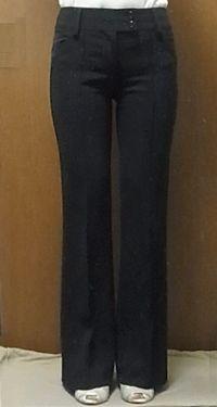◯ 美脚パンツ全盛期の、ストレッチ素材のセンタープレス。活躍はしました。