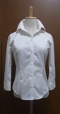 X ノーアイロンシャツは素材感が制服で・・・